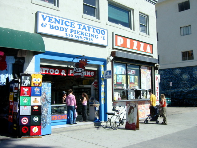Venice Tattoo and Body Piercing. 2004-02-12 21:45:44 UTC