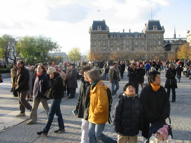 Crowds at the Notre Dame